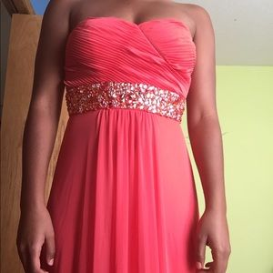 Full body length coral prom dress